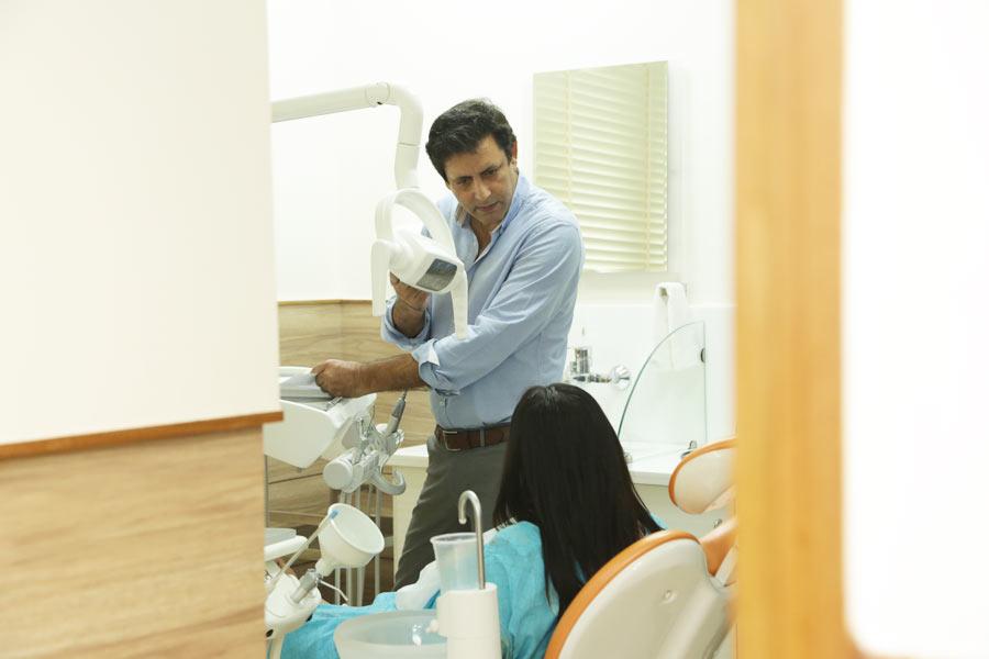 Best Dentist In Chanakyapuri, Delhi